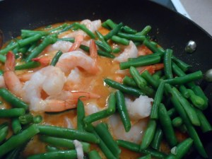 add green beans and shrimp